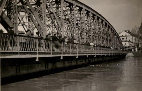 Žaliasis-tiltas-potvynio-metu-1931,