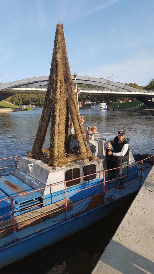 Barža-laivas-vilkikas